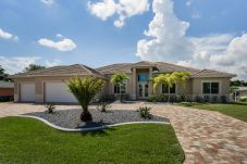 House in Cape Coral - THE GREY