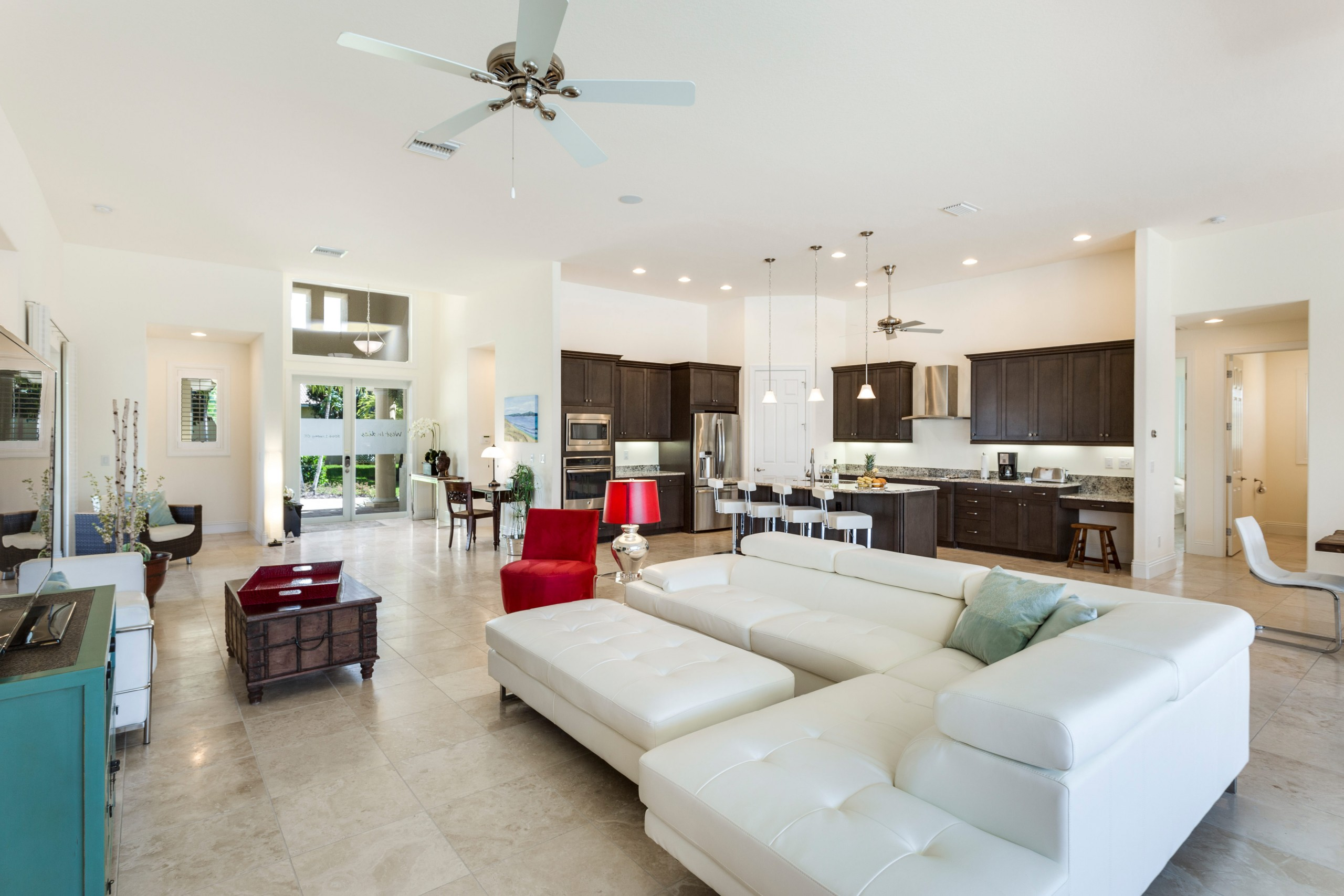 Houses in Cape Coral - WEST INDIES