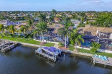 House in Cape Coral - BLISS ON ETERNITY