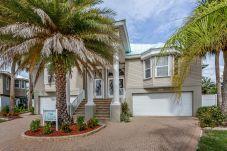 House in Fort Myers Beach - THE BEACH HOUSE A