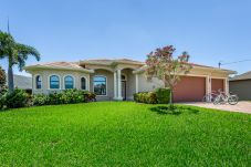 House in Cape Coral - THE ALCAZAR