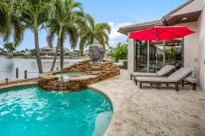 House in Cape Coral - DOLPHIN`S SURF